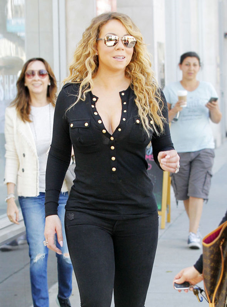 Mariah Carey sizzles in eye-popping shirt | mcarchives.com