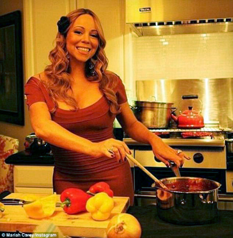 Mariah Carey Swaps The Stage For Kitchen Mcarchives