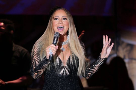 Video of Mariah Carey hitting 55 notes in 17 seconds | mcarchives.com
