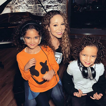 Mariah shares adorable snap of her twins in the studio | mcarchives.com