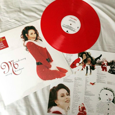 Mariah Carey Merry Christmas.Merry Christmas Deluxe Anniversary Edition Vinyl Review